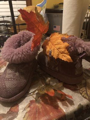 Girls Ugg boots for Sale in Windsor, ON