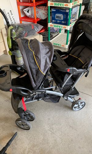Baby trend sit and stand double stroller for Sale in Macomb, MI