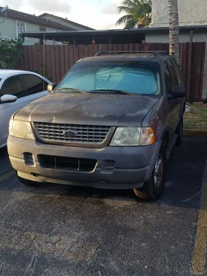 2004 Ford explorer for Sale in Hialeah, FL