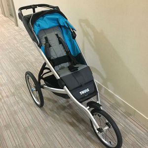 Thule jogger/stroller for Sale in Whittier, CA