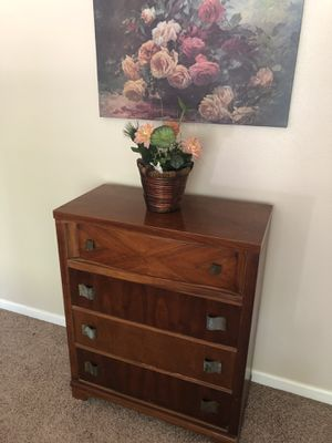 Chest of Drawer for Sale in Roseville, CA