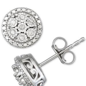 RH. MACYWHIT 1/10 CTTW Sterling Silver New W/Tags Bridge Diamond SS Stud Earrings for Sale in Irwindale, CA