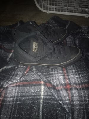 Converse MID 9.5 for Sale in Winter Haven, FL