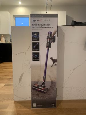 Dyson v11 animal vacuum for Sale in Chicago, IL