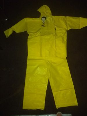 Kirkland rain coat and overalls for Sale in Las Vegas, NV