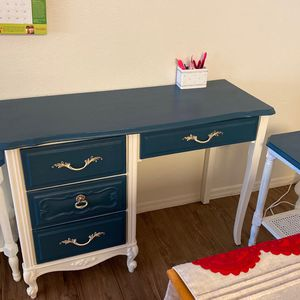 Desk With Two Tables For Printers Or Files for Sale in Phoenix, AZ