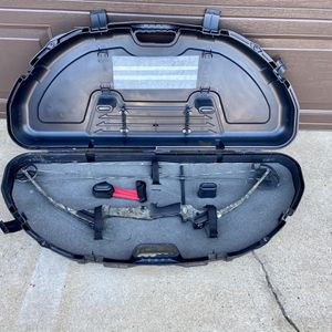 Genesis Bow And Case for Sale in Oklahoma City, OK