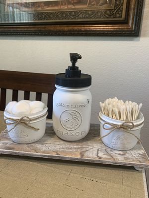 NEW MASON JAR SOAP DISPENSER AND Q-tips AND COTTON BALLS CONTAINERS for Sale in Kerman, CA