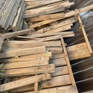 Free Wood for Sale in Delano, CA