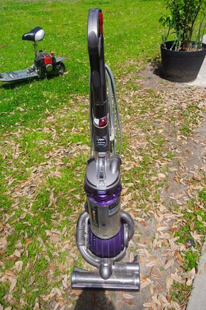 Dyson ball vacuum for Sale in West Hollywood, CA