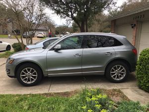 Audi Q5 for sale or trade great condition for Sale in San Antonio, TX