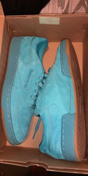 Size 10.5 Reebok's Color:Teal for Sale in Miami, FL