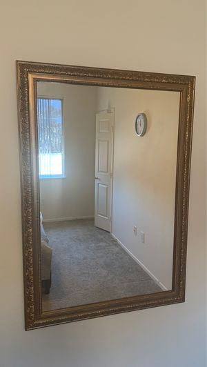 Framed antique mirror 41x29 for Sale in Las Vegas, NV