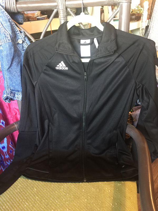 Adidas Women's Warm Up Jkt NWOT sz S
