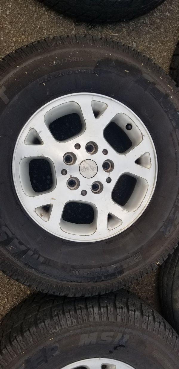 2002 Grand Cherokee wheel's.