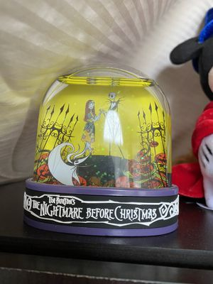 Nightmare Before Christmas Snowglobe for Sale in Kissimmee, FL