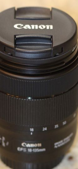 Canon 18-135mm f3.5-5.6 ii NanoUSM IS lens for Sale in Sacramento,  CA