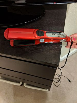 Hair straightener and brush for Sale in Tampa, FL