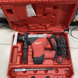 MILWAUKEE 15amp 1-13/4 COMBINATION HAMMER for Sale in Fort Lauderdale, FL