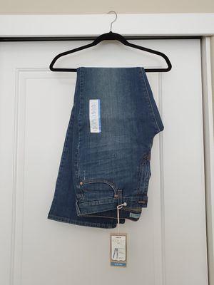 Levi's women's jeans for Sale in Fairfield, CA