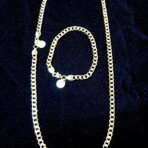 CUBAN LINK 18K GOLD NEW CHAIN MADE IN ITALY for Sale in Miami, FL