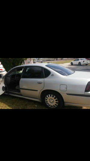 Chevy impala for Sale in Kissimmee, FL