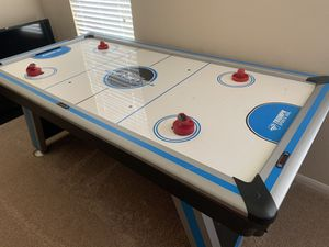 Air hockey table for Sale in Cedar Park, TX