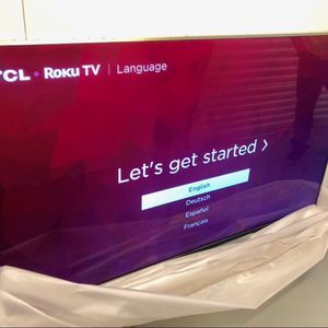 55R625 TCL 55 INCH QLED 4K 6 SERIES ROKU SMART TV! Comes With Legs And Remote for Sale in Phoenix, AZ