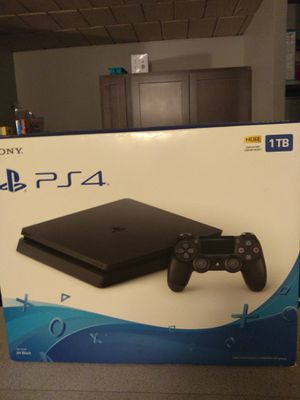 PlayStation 4 with 2 controller and games 1TB for Sale in Rock Island, IL