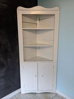 Antique Corner Cabinet for Sale in Orlando, FL