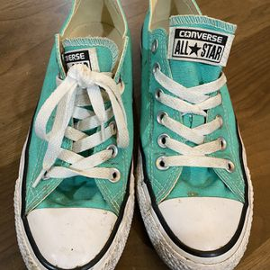 Converse size 7. Used. See photos. for Sale in Jersey City, NJ