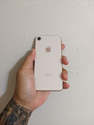 iPhone 8 for Sale in Pasadena, TX