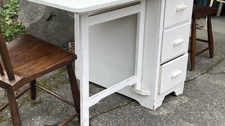 Vintage, Shabby Chic Folding Table/desk(pending Sunday) for Sale in Seattle,  WA
