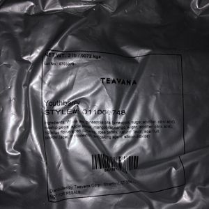 2lb Bag Youthberry Tea $200 Never Opened for Sale in Chicago, IL
