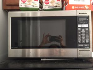 Panasonic 1200W Microwave for Sale in New York, NY