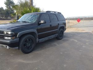 2001 Chevy Tahoe for Sale in Clovis, CA