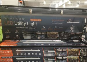 """Winplus 45"""" LED Utility Light with Motion Sensor 4000k 3800 Lumins for Sale in Chicago, IL"""
