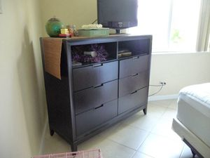 Solid Wood Media Chest in Mocha for Sale in West Palm Beach, FL