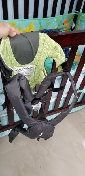 Baby carrier for Sale in Tampa, FL