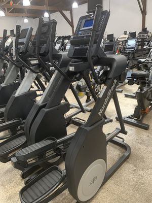 NordicTrack Freestride 3 n 1 (Elliptical, Stepper, Treadmill) 3 yr warranty included for Sale in Los Angeles, CA