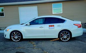2013 Nissan Altima 2.5 S ☆ Runs Like New ☆ 253k for Sale in Hamilton, OH