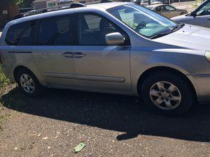 07 Kia Sedona van for Sale in Pittsburgh, PA