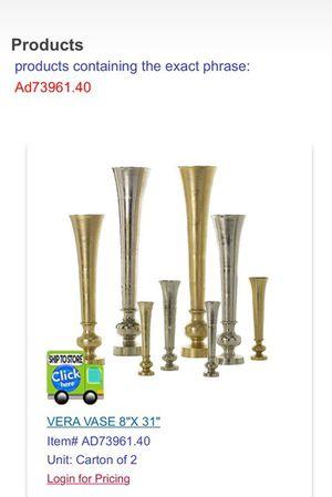 Gold Flower Vase, Gold Centerpiece, Gold Vera Vase for Sale in Dallas, TX
