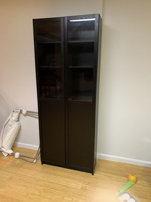 IKEA Billy bookcase (black-brown) for Sale in Annandale, VA