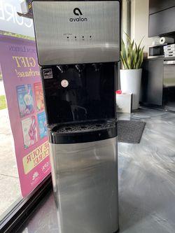 Water Fountain for Sale in Hialeah,  FL