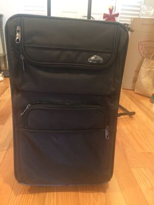 Black Carryon luggage for Sale in Merrick, NY