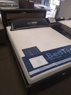 "Queen size platform bed frame with 10"" Pure Gel Memory Foam Mattress included for Sale in Glendale, AZ"