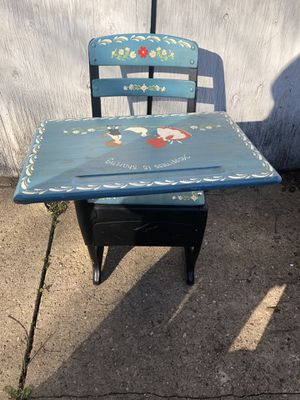 Painted Children's Desk for Sale in Baltimore, MD