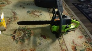 Poulan 2150 Woodsman chain saw and Hardshell Case included! for Sale in Seattle, WA