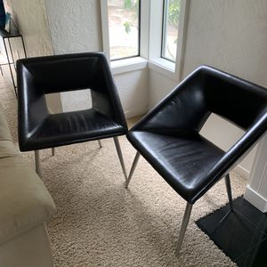 Pier One chairs. Perfect condition for Sale in Lakewood, WA